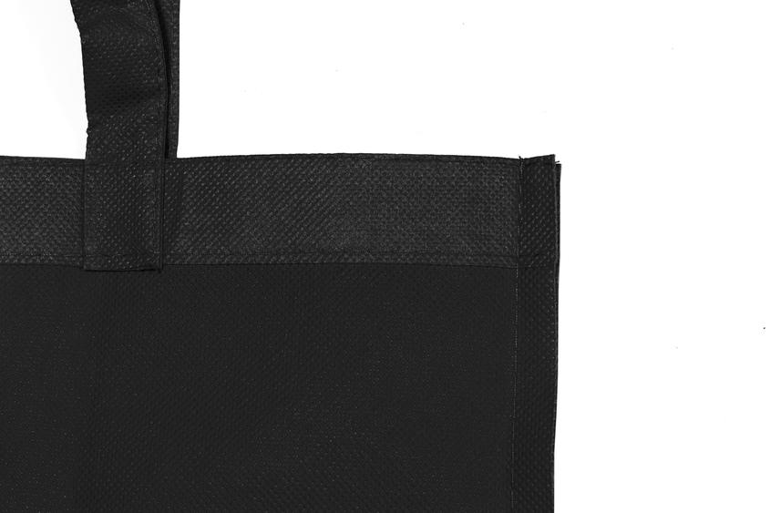 Detalle bolsa non woven negro
